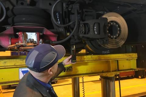 Behind the scenes on Metro car repairs (Photos, Video)