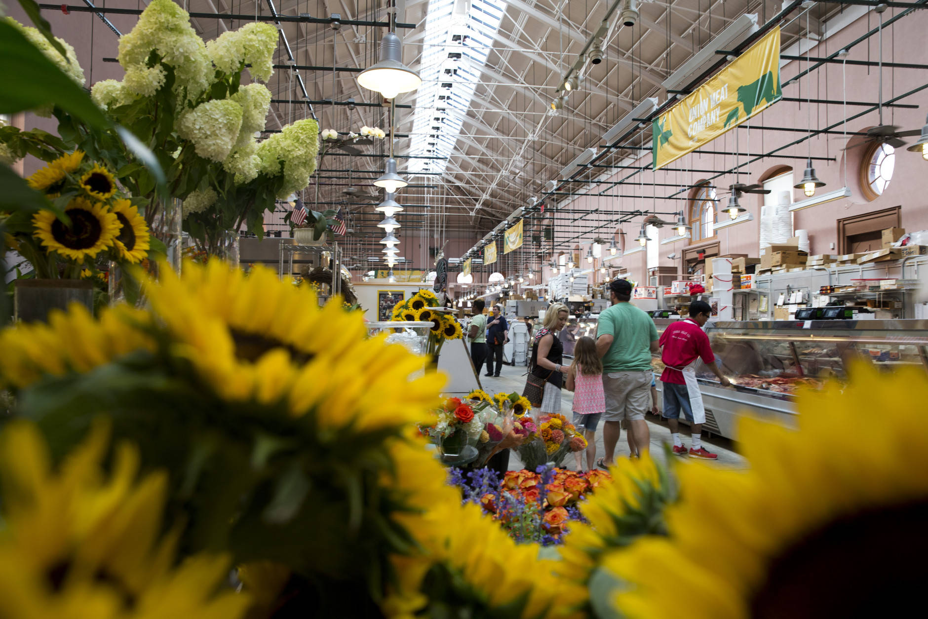 """<p><strong>Walk around Eastern Market</strong></p> <p>Not too far from the Library of Congressis D.C.&#8217;s <a href=""""http://easternmarket-dc.org/"""" target=""""_blank"""" rel=""""noopener noreferrer"""">Eastern Market</a>. On the weekends, farmers and artists set tents up outside the main building to sell their products. Restaurants and cafes line the main street, should you get hungry for a warm meal or a hot beverage.</p>"""