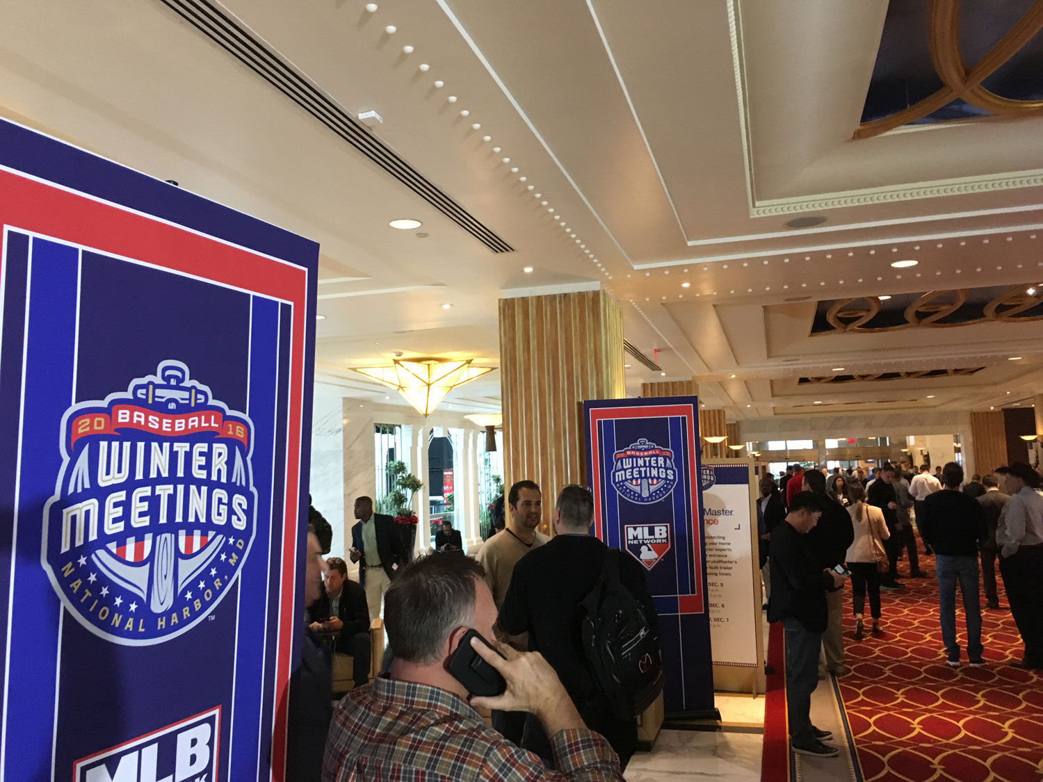 The hotel lobby at the Gaylord National Harbor Hotel, the epicenter for this year's baseball Winter Meetings. (WTOP/Noah Frank)