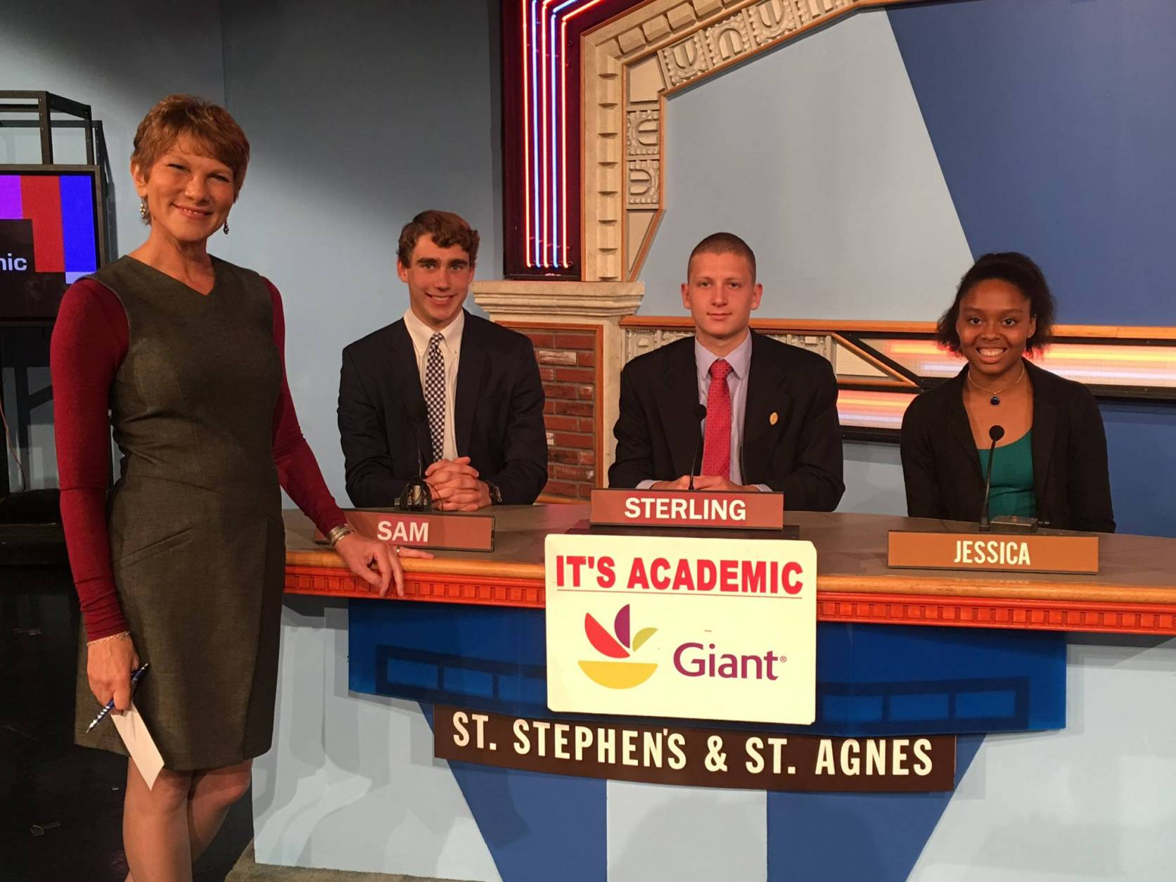 St. Stephen's and St. Agnes compete against Washington-Lee High School and W.T. Woodson High School. The show airs Dec. 10, 2016. (Courtesy Facebook/It's Academic)