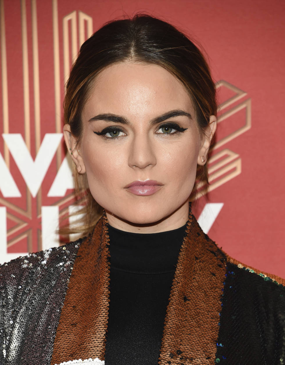 "Joanna ""JoJo"" Levesque attends VH1 Divas Holiday: ""Unsilent Night"" at Kings Theatre on Friday, Dec. 2, 2016, in New York. (Photo by Evan Agostini/Invision/AP)"