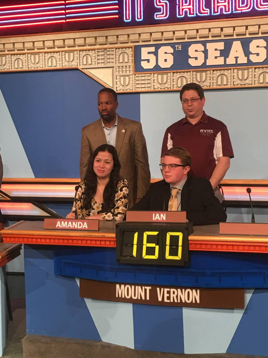 "On ""It's Academic,"" Mount Vernon High School competes with Magruder and Whitman high schools. The show airs Dec. 17, 2016. (Courtesy Facebook/It's Academic)"