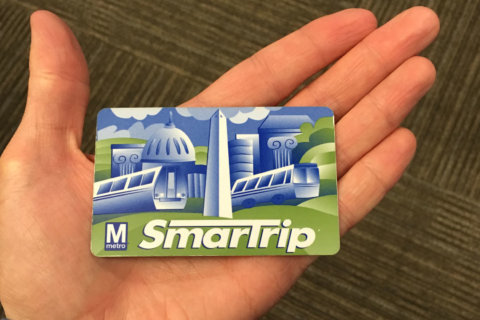Metro, DC dealing out SmarTrip cards next year for Kids Ride Free program