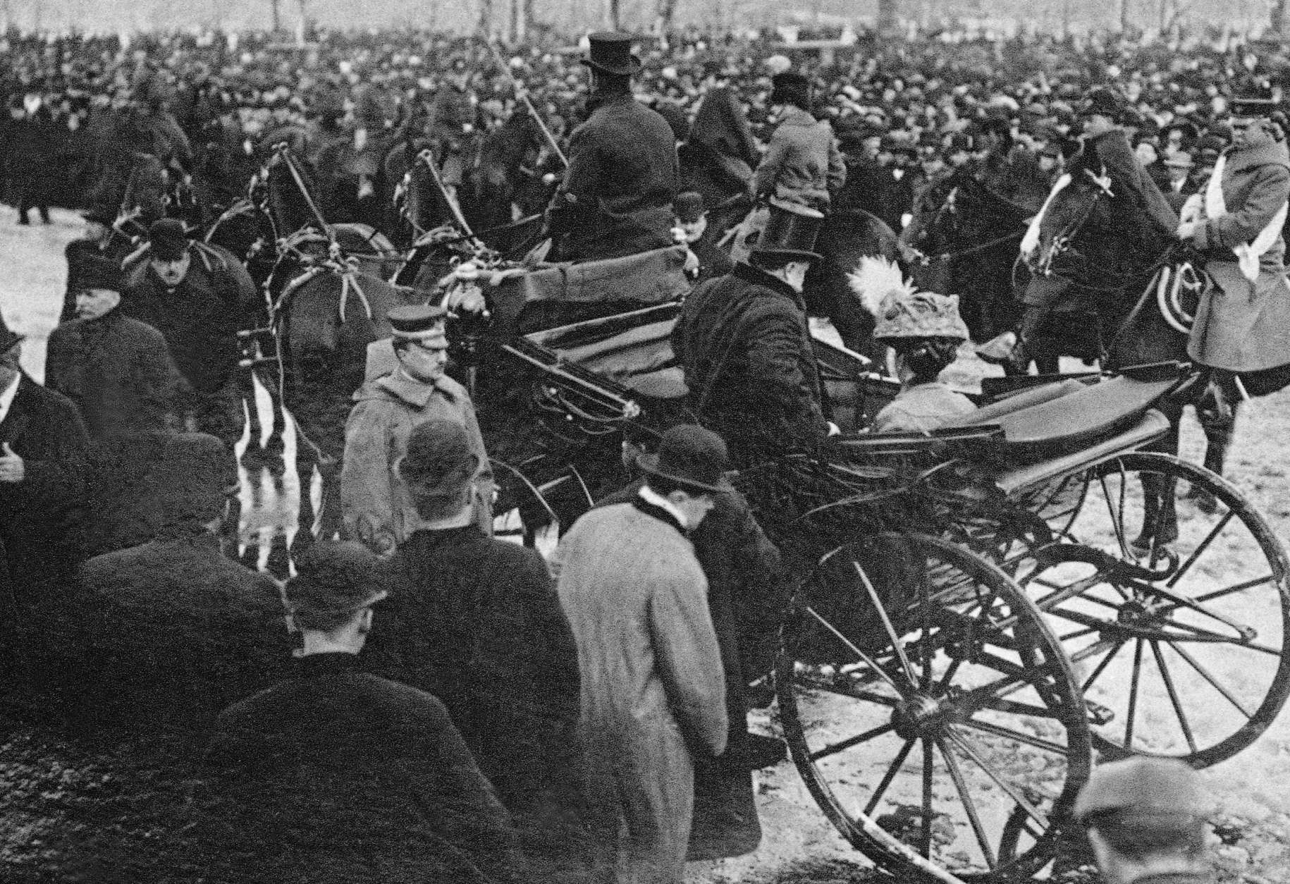 President William Howard Taft  enters a horse draw carriage to sit beside his wife Helen after Inaugural  ceremonies at the Capitol where he was sworn in as the 27 President of the United States.    The inauguration took place in the Senate chamber because of a blizzard on March 4, 1909.   For the first time, the president's wife accompanied her husband on the return ride in the procession from the Capitol to the White House following his Inauguration.    (AP Photo/Library of Congress)