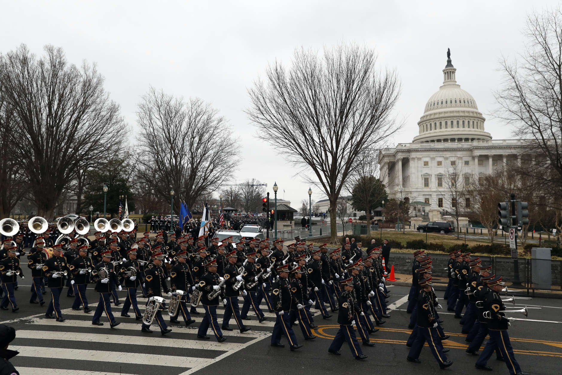 The inaugural parade steps off from the U.S. Capitol as it heads to the White House Friday, Jan. 20, 2017 in Washington. (AP Photo/Alex Brandon)