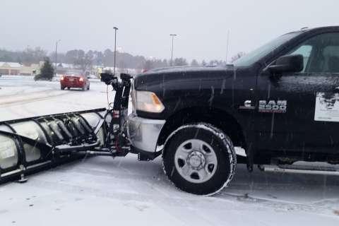 Photos: DC region hit with snowy Saturday