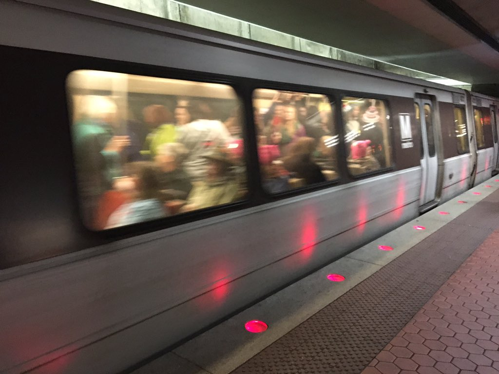 A packed Yellow Line train headed from L'Enfant Plaza from Gallery Place on Saturday, Jan. 21, 2017. (WTOP/Max Smith)