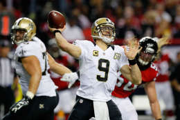 ATLANTA, GA - JANUARY 01: Drew Brees #9 of the New Orleans Saints throws a pass during the first half against the Atlanta Falcons at the Georgia Dome on January 1, 2017 in Atlanta, Georgia. (Photo by Kevin C.  Cox/Getty Images)