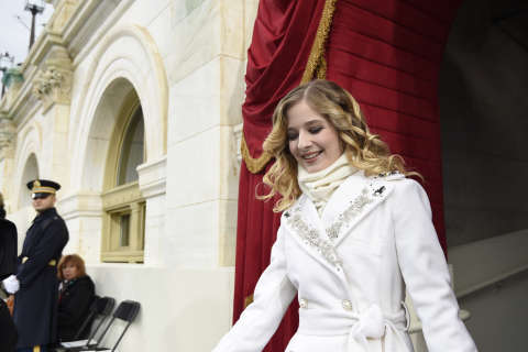 Jackie Evancho sings national anthem at Trump inauguration (Video)