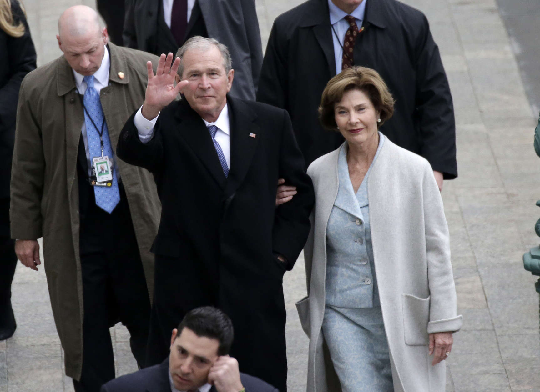 WASHINGTON, DC - JANUARY 20:  Former U.S. President of the United States George W. Bush and wife Laura Bush arrive near the east front steps of the Capitol Building before President-elect Donald Trump is sworn in at the 58th Presidential Inauguration on Capitol Hill on January 20, 2017 in Washington, D.C. In today's inauguration ceremony Donald J. Trump becomes the 45th president of the United States.  (Photo by John Angelillo-Pool/Getty Images)