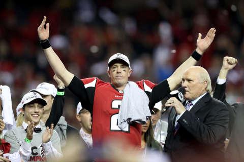 Super Bowl LI Precap: Falcons foils and Patriots politics