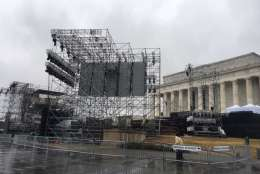 Scaffolding erected in preparation for Inauguration Day is visible in front of the Lincoln Memorial in D.C. on Saturday, Jan. 14, 2017. (WTOP/Jenny Glick)