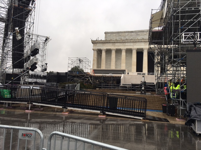 To help tourists get around scaffolding that has appeared in the area in advance of Inauguration Day, ramps direct tourists up toward the Lincoln Memorial on Saturday, Jan. 14, 2017. (WTOP/Jenny Glick)