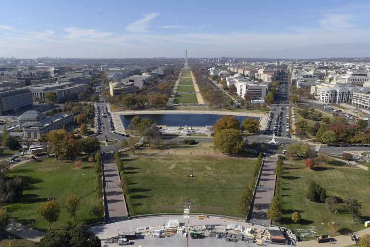 D C Police Say An Area Just West Of The U S Capitol Building Will Be Closed Off To Traffic From 3 A M To 6 P M Saay Jan 21 For The Women S March