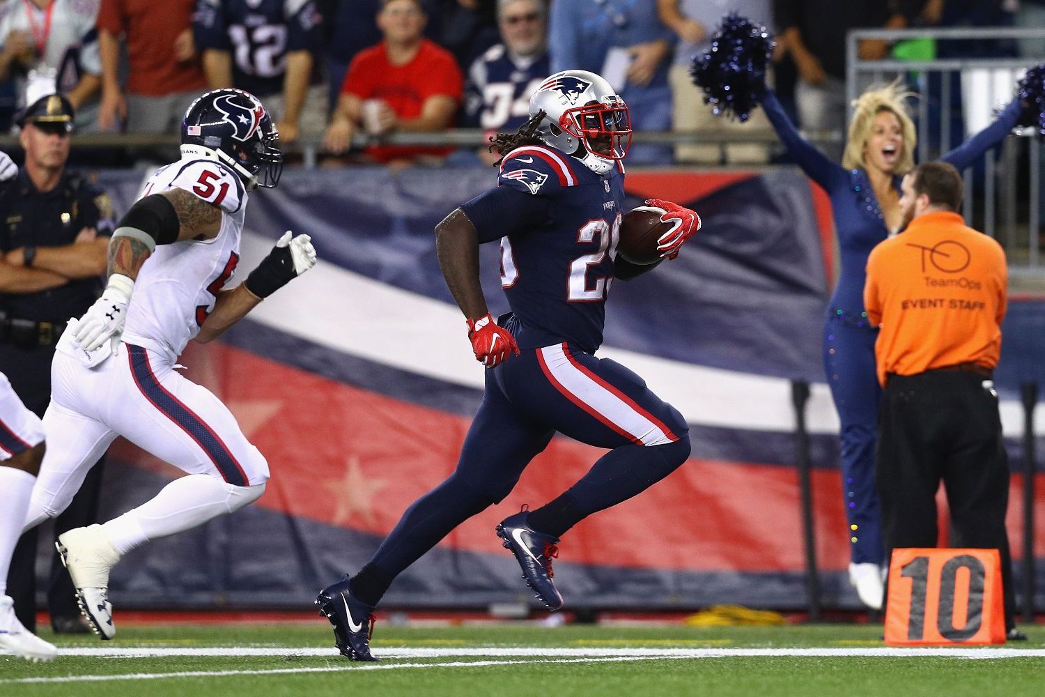 FOXBORO, MA - SEPTEMBER 22:  LeGarrette Blount #29 of the New England Patriots rushes for a touchdown during the fourth quarter against the Houston Texans at Gillette Stadium on September 22, 2016 in Foxboro, Massachusetts.  (Photo by Maddie Meyer/Getty Images)