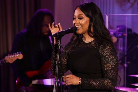 India Arie defends Chrisette Michele's inaugural performance