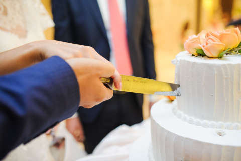 DC weddings getting more expensive, survey says