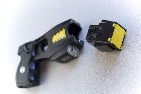 Annapolis strikes down stun gun ban