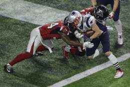 New England Patriots' Danny Amendola scores on a two point conversion during the second half of the NFL Super Bowl 51 football game against the Atlanta Falcons, Sunday, Feb. 5, 2017, in Houston. (AP Photo/Charlie Riedel)