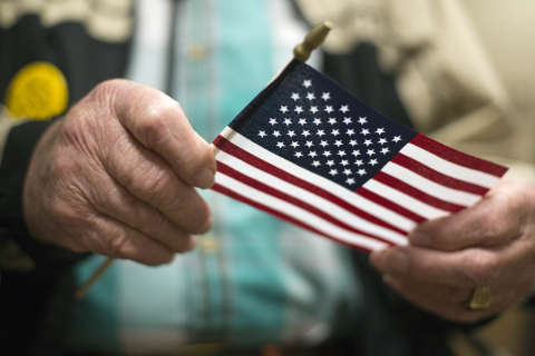 Record number renounce U.S. citizenship in 2016