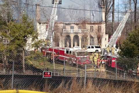 House fire fills sky over McLean, Va., with smoke