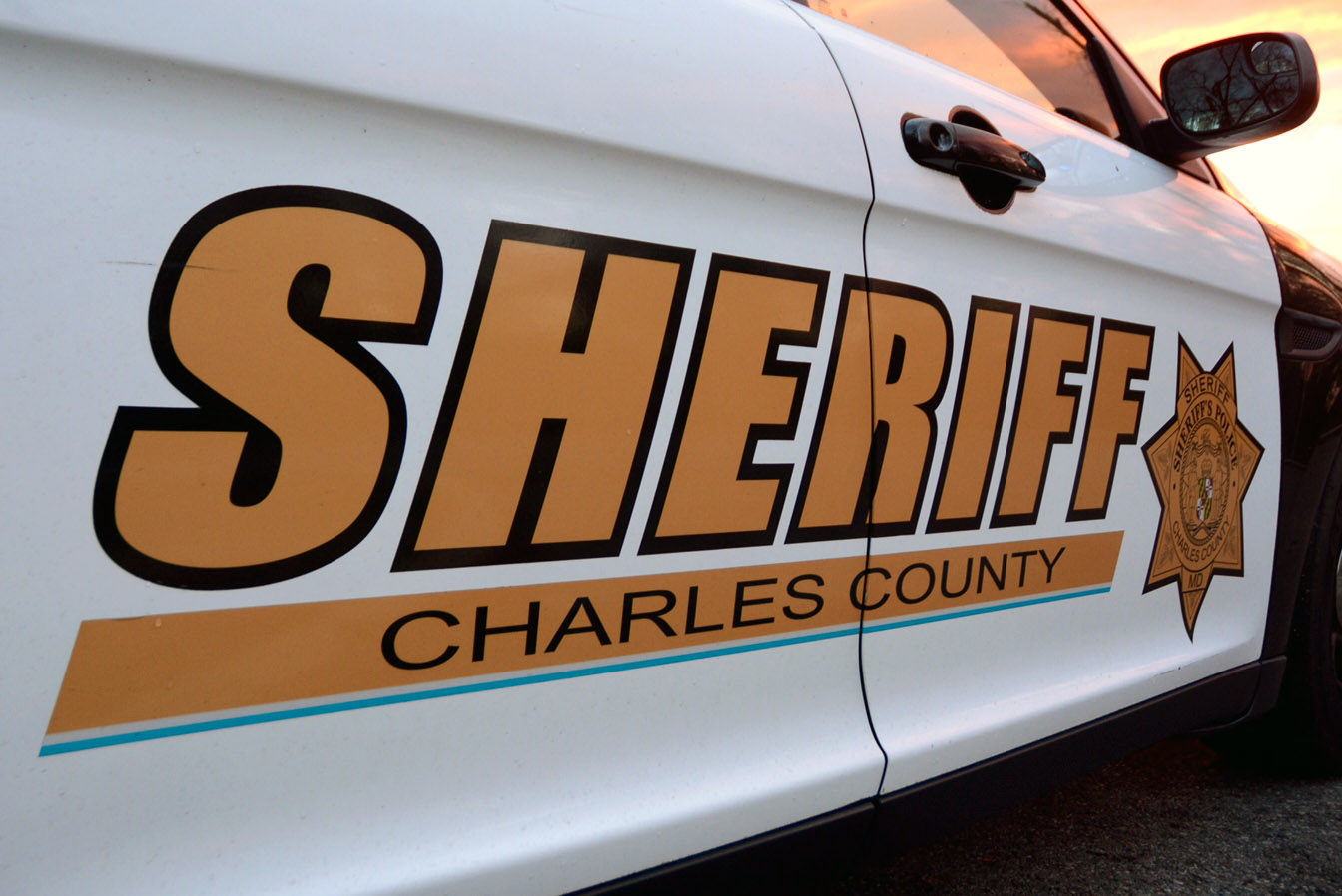 Teen killed, 2 others injured in Charles Co  crash   WTOP
