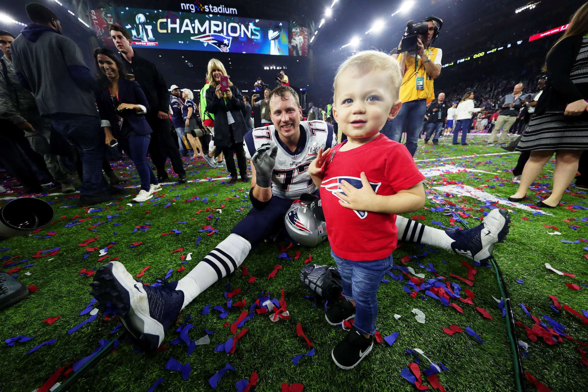HOUSTON, TX - FEBRUARY 05:  Nate Solder #77 of the New England Patriots celebrates with his son Hudson after defeating the Atlanta Falcons 34-28 in overtime during Super Bowl 51 at NRG Stadium on February 5, 2017 in Houston, Texas.  (Photo by Tom Pennington/Getty Images)