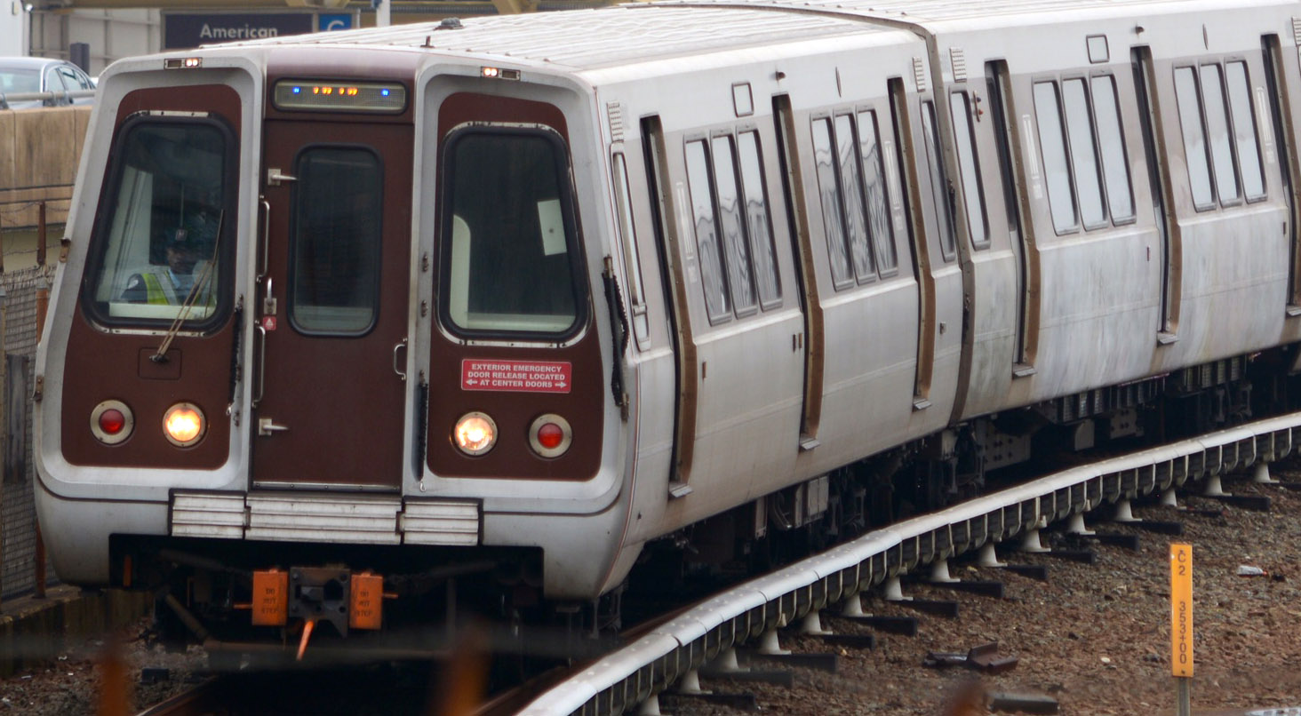 Metro plans 'summer shutdown' on Blue, Yellow lines next