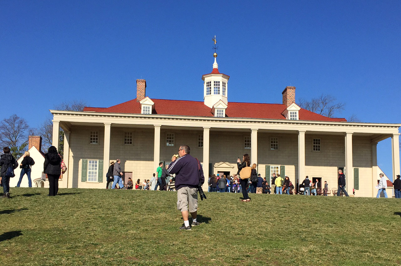 Thousands filled the grounds at Mount Vernon on Monday, Feb. 20, 2017 to celebrate George Washington's birthday. His actual birthday is Feb. 22. (WTOP/Rich Johnson)
