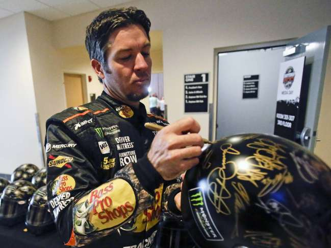 Mexican Driver Makes Leap To NASCAR's Top Circuit