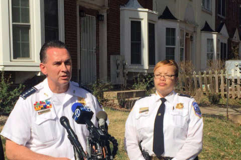 Police: 1 DC officer fired gun during fatal struggle