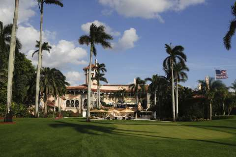 Trump club members get access, while reporters stew