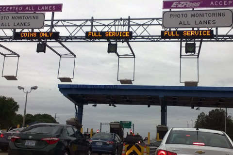 Toll collections soar after Dulles Toll Road increase