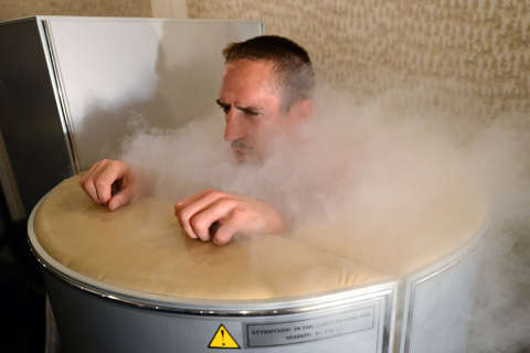 Freeze away ailments? Cryotherapy heats up in DC area