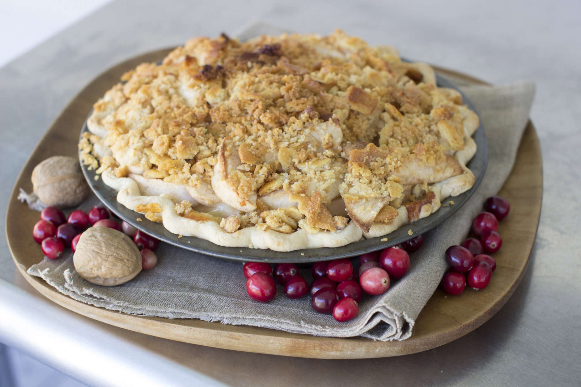 This Oct. 6, 2014, photo shows cheddar whiskey apple pie with butter cracker crumble in Concord, N.H. (AP Photo/Matthew Mead)