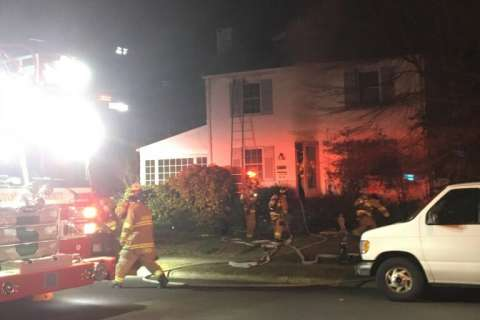 Arlington Co. house fire leaves 1 dead, 1 critically injured