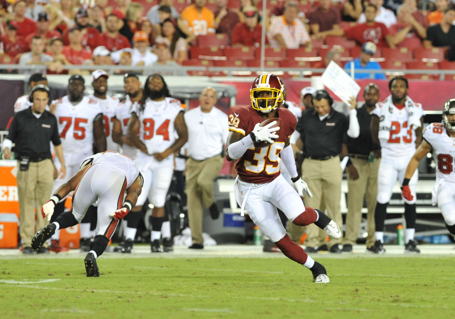 TAMPA, FL -  AUGUST 29:  Cornerback David Amerson #39 of the Washington Redskins runs upfield with an interception against the Tampa Bay Buccaneers August 29, 2013 at Raymond James Stadium in Tampa, Florida. (Photo by Al Messerschmidt/Getty Images)