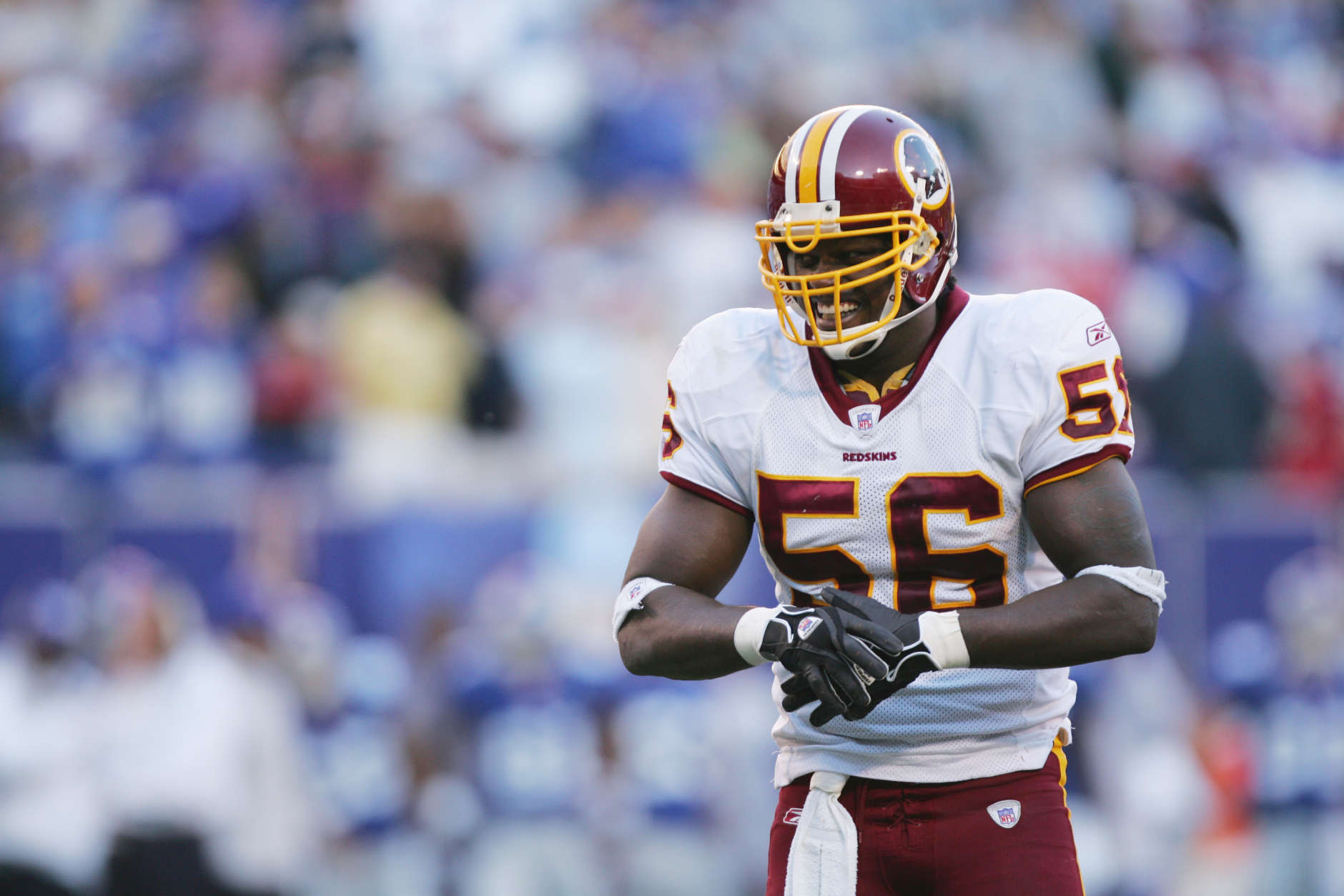 EAST RUTHERFORD, NJ - OCTOBER 30:  Linebacker LaVar Arrington #56 of the Washington Redskins looks on against the New York Giants at Giants Stadium on October 30, 2005 in East Rutherford, New Jersey. The Giants defeated the Redskins 36-0. (Photo by Ezra Shaw/Getty Images)
