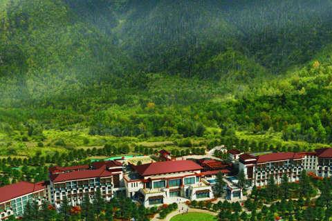 Hilton opens Tibet's first golf course