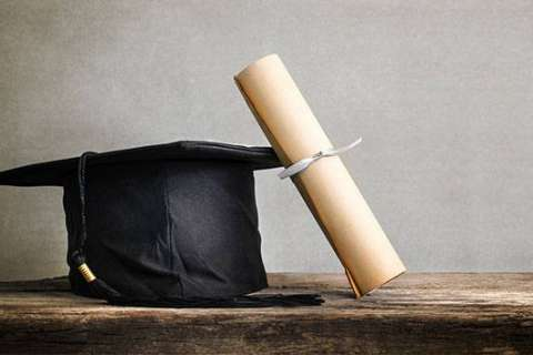 High school hosts early graduation for student with ailing father