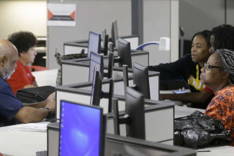 Unemployment rate ticks higher in DC region