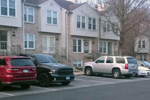 Dad, daughters die, wife injured in shooting at Charles Co. home