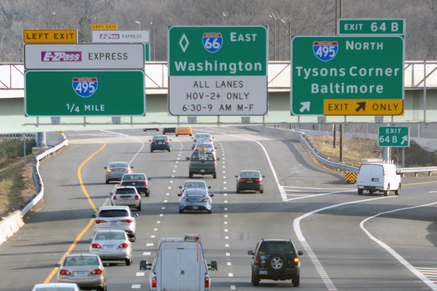 Network outage hits toll signs on I-66