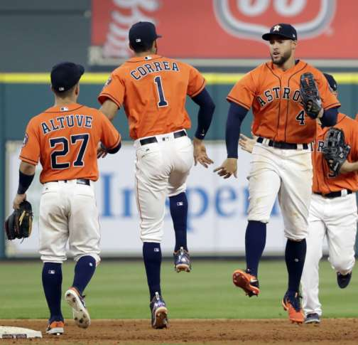 Banged-up Altuve out of Astros' lineup