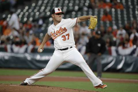 Bundy stymies Blue Jays and Orioles hit 2 HRs in 3-1 victory
