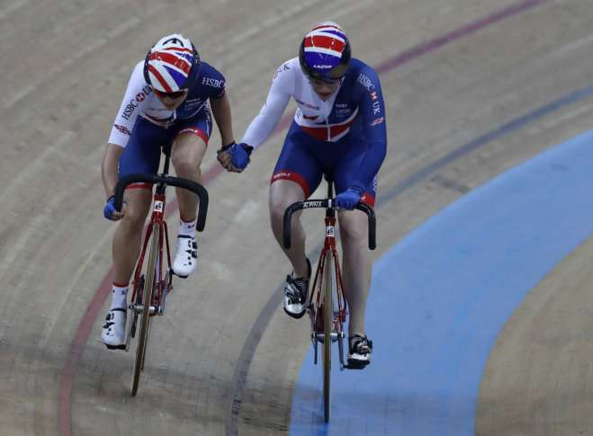 Australia defends its world title in men's team pursuit
