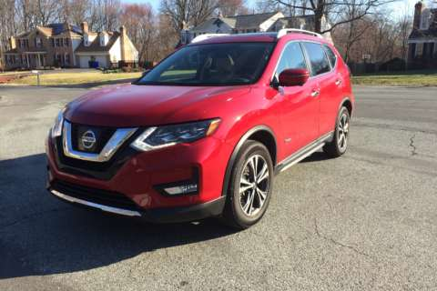 Car Review: Nissan Rogue compact crossover adds a 2017 hybrid model