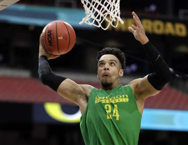 Ducks guard Dillon Brooks announces intention to enter NBA Draft