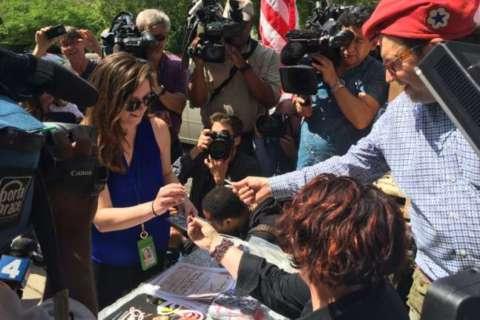 After arrests, pot demonstrators return to US Capitol to protest