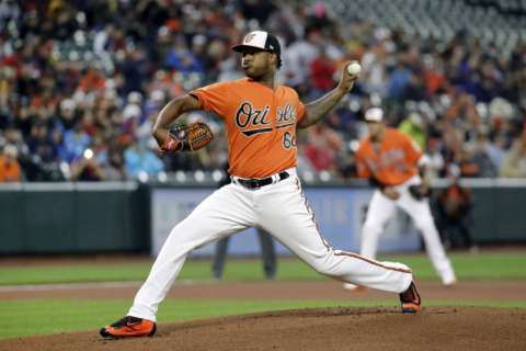 First-place Orioles double up on Red Sox